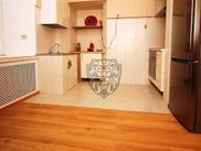 Купить четырёхкомнатную квартиру по адресу Москва, Страстной б-р, дом 4с4