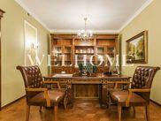 Снять шестикомнатную квартиру по адресу Москва, Зубовский проезд, дом 1