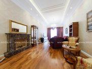 Купить двухкомнатную квартиру по адресу Санкт-Петербург, Моховая, дом 4