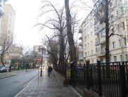 Купить трёхкомнатную квартиру по адресу Москва, ЦАО, Бронная Б., дом 8