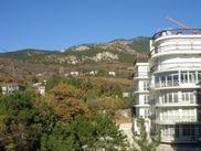 Купить квартиру со свободной планировкой по адресу Крым, г. Ялта, Авроры, дом 52