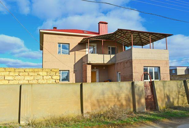 Купить коттедж или дом по адресу Крым, Сакский р-н, с. Уютное, Прибрежный