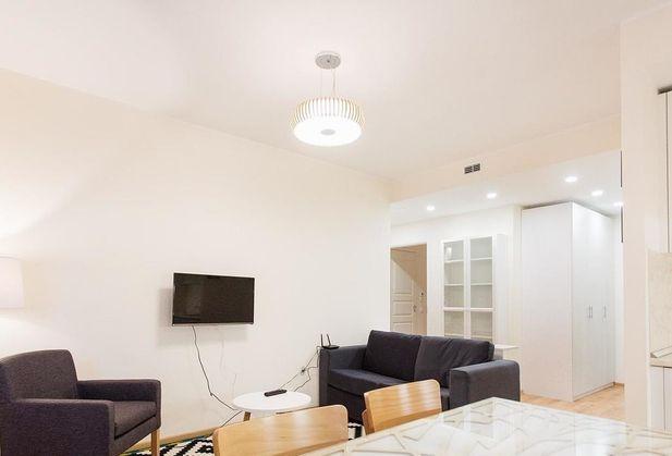 Купить двухкомнатную квартиру по адресу Москва, Большая Садовая улица, дом 1