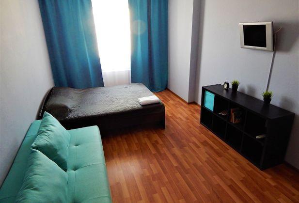 Снять квартиру со свободной планировкой по адресу Свердловская область, г. Екатеринбург, Авиационная, дом 12