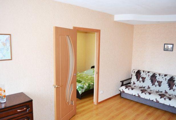 Снять двухкомнатную квартиру по адресу Ростовская область, г. Шахты, Победа Революции, дом 99