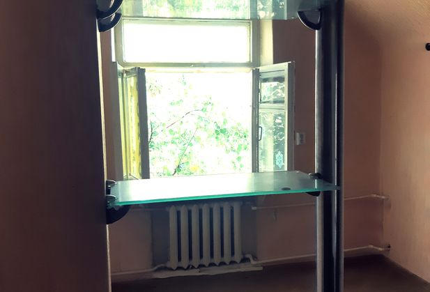 Купить двухкомнатную квартиру по адресу Ростовская область, г. Ростов-на-Дону, 40-летия Победы, дом 6