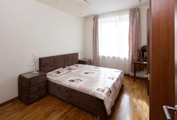 Купить трёхкомнатную квартиру по адресу Москва, Мишина, дом 26, к. 1