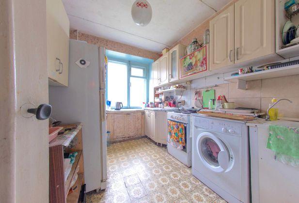 Купить трёхкомнатную квартиру по адресу Свердловская область, г. Екатеринбург, Боровая, дом 24