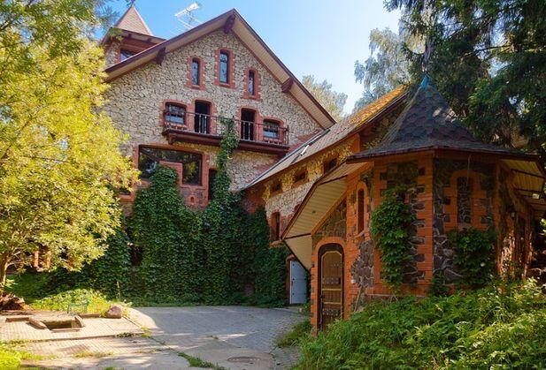 Снять коттедж или дом по адресу Москва, п. Первомайское, п. Птичное, гск Птичное