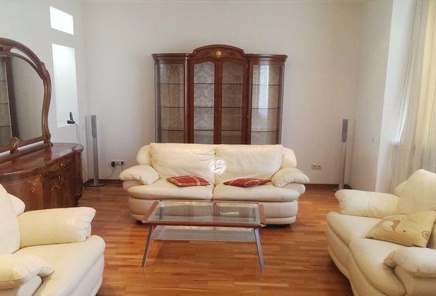 Купить трёхкомнатную квартиру по адресу Москва, Шереметьевская улица, дом 19
