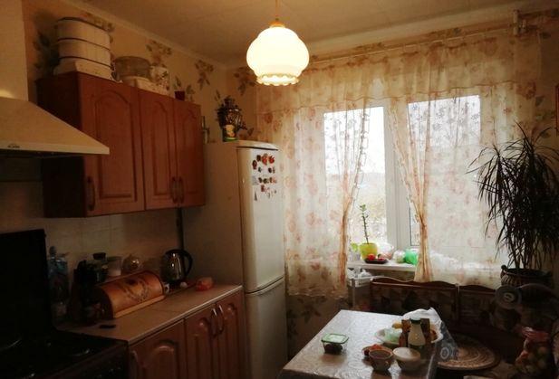 Купить двухкомнатную квартиру по адресу Калужская область, Жуковский р-н, г. Кременки, Строителей, дом 1