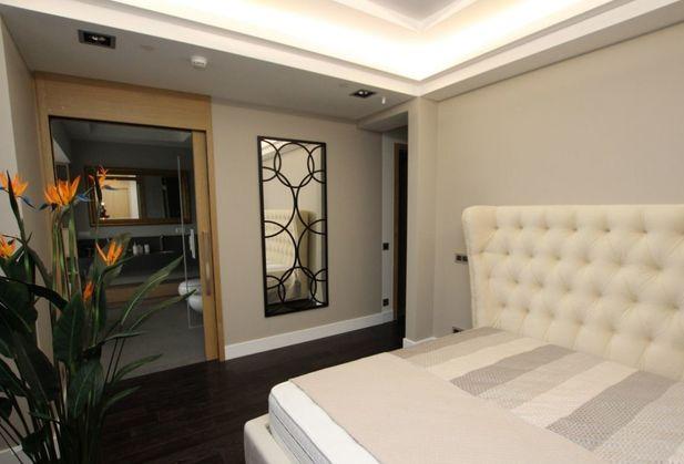 Купить двухкомнатную квартиру по адресу Москва, Тверская улица, дом 17