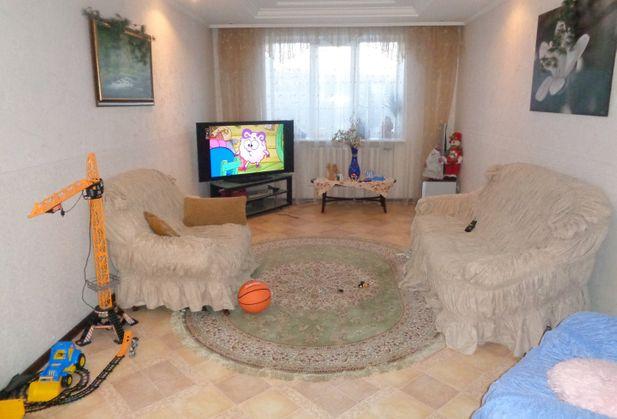 Купить трёхкомнатную квартиру по адресу Саратовская область, г. Саратов, Одесская, дом 7а