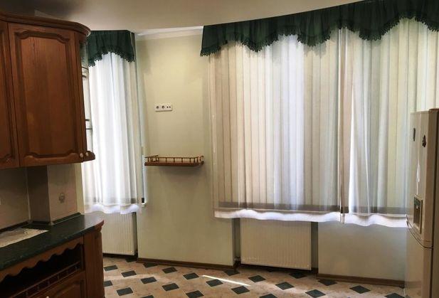 Купить трёхкомнатную квартиру по адресу Москва, Кутузовский проспект, дом 23К1