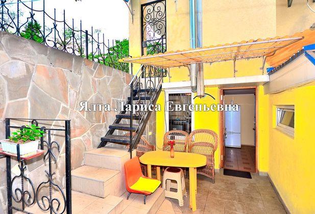 Снять коттедж или дом по адресу Крым, г. Ялта, Руданского