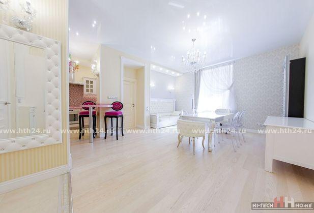 Снять трёхкомнатную квартиру по адресу Санкт-Петербург, Парадная, дом 3
