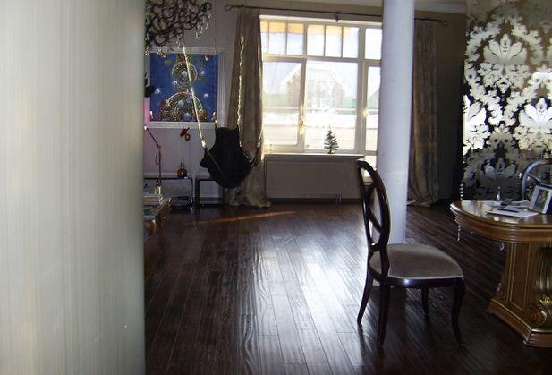 Купить четырёхкомнатную квартиру по адресу Санкт-Петербург, Посадская Б., дом 6