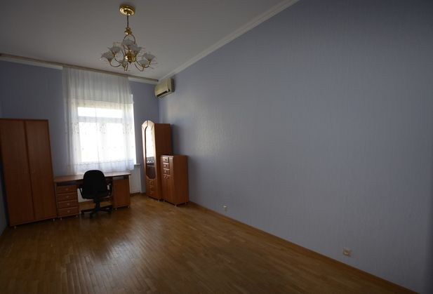 Купить трёхкомнатную квартиру по адресу Москва, Кутузовский проспект, дом 26