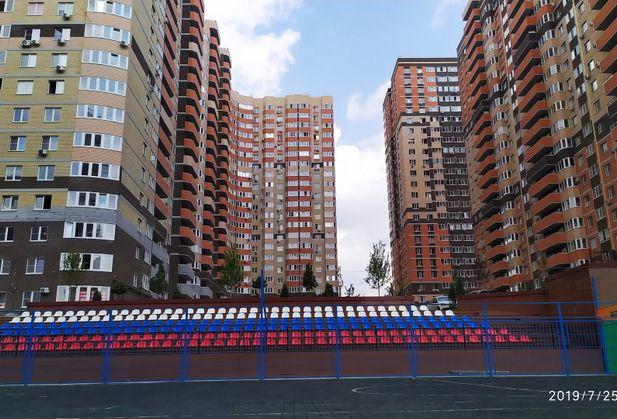 Купить трёхкомнатную квартиру по адресу Ростовская область, г. Ростов-на-Дону, 35-я линия, дом 104