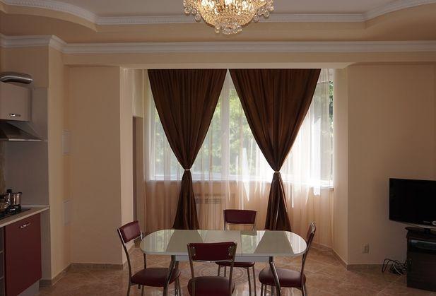 Снять трёхкомнатную квартиру по адресу Краснодарский край, г. Сочи