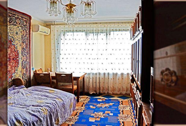 Купить трёхкомнатную квартиру по адресу Крым, г. Евпатория, Конституции, дом 11