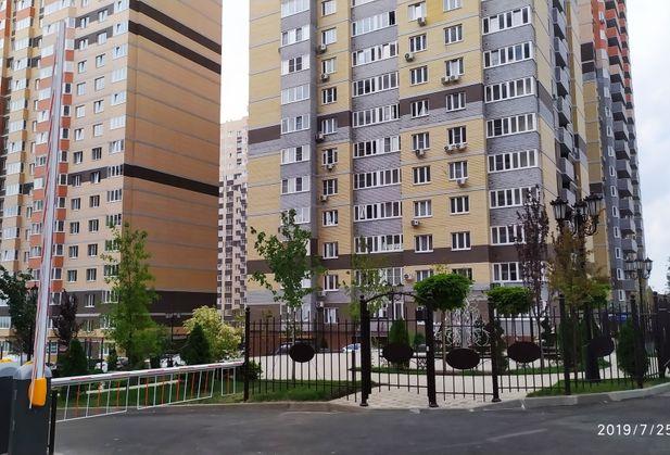 Купить двухкомнатную квартиру по адресу Ростовская область, г. Ростов-на-Дону, Береговая, дом 117В